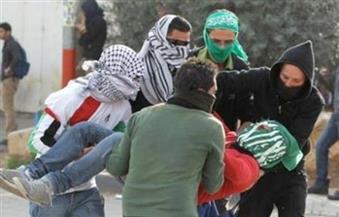 إصابة فلسطيني بطلق ناري وعشرات بالاختناق خلال مواجهات مع الاحتلال بالضفة