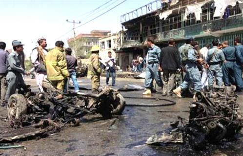 خمسة قتلى و15 مصابا في تفجير انتحاري بوسط أفغانستان -