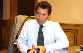 """وزير الشباب والرياضة يبحث التعاون مع """"الطيران المدني"""""""