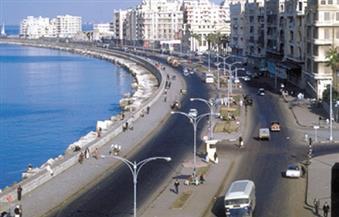 وفد برلماني يصل الإسكندرية لتفقد معالمها السياحية