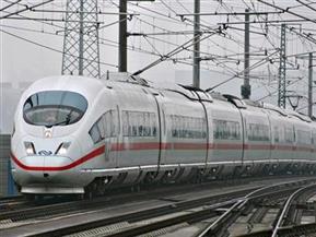 العجواني: القطار المكهرب بالعاشر يُحدث نقلة صناعية وعمرانية كبرى