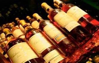 ضبط متهم في 31 قضية وبحوزته سلاح ناري و140 زجاجة مواد كحولية بالأقصر