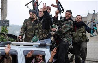 بدء خروج مقاتلين معارضين من منطقة القلمون قرب دمشق