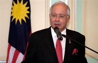 ماليزيا تستجوب رئيس الوزراء السابق وزوجته مجددا في تحقيق فساد