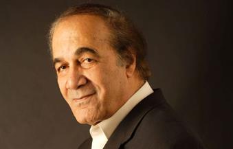 أشرف زكي يتقدم ببلاغ ضد مروجي شائعة وفاة الفنان محمود ياسين