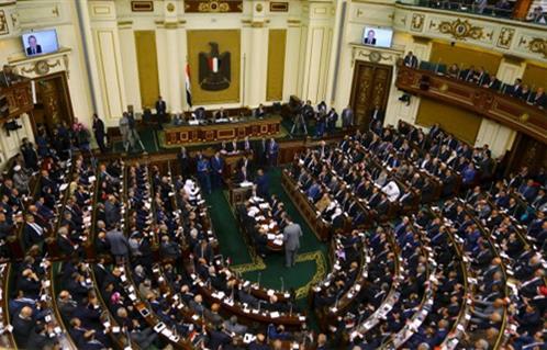 قانون قطاع الأعمال يشعل الجدل تحت قبة البرلمان -