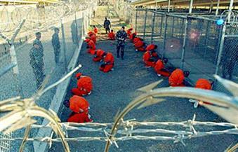 وصول عشرة معتقلين إلى سلطنة عمان بعد الإفراج عنهم من جوانتانامو
