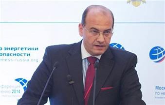 تعزيز التعاون بين الجامعة العربية والصليب اﻷحمر