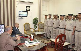 بالصور.. مساعد وزير الداخلية يتفقد عددًا من المناطق الشرطية بأسوان