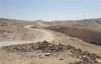 محافظ المنيا يتفقد مخرات السيول بمنطقة شرق النيل استعدادًا لموسم الشتاء