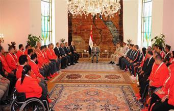 السيسي يستمع لمطالب الأبطال الرياضيين.. ويُشيدون بدور الحكومة لمساواتهم فى الأوسمة والمكافآت