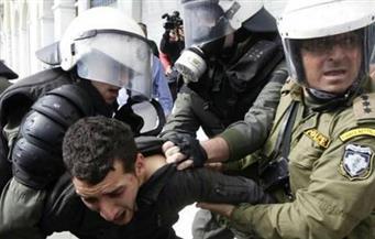 شرطي يوناني يسطو على محطات الوقود 11 مرة.. و الأمن يلقي القبض عليه
