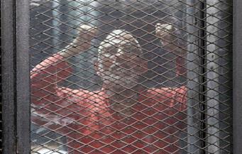 """بدء محاكمة بديع و738 متهما أمام جنايات القاهرة في قضية """"فض اعتصام رابعة"""""""