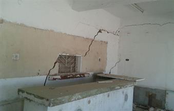 """بالصور .. مواطن يشكو لـ""""بوابة الأهرام"""": فندقي على وشك الانهيار بسبب أعمال حفر الصرف الصحي"""