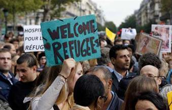 الآلاف يتظاهرون بباريس للمطالبة بإلغاء قانون زواج المثليين والدفاع عن الأسرة التقليدية