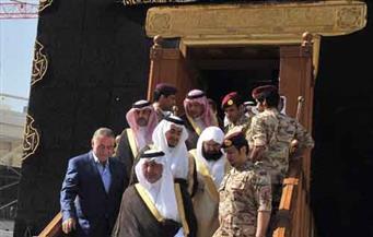 أمير مكة المكرمة يتشرف بغسل الكعبة المشرفة