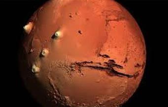 ناسا ترصد صخورا غامضة على المريخ -