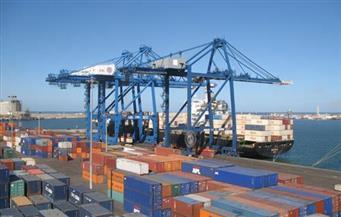 مغادرة قطارين يحملان 2438 طن قمح من ميناء دمياط