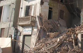 انهيار أجزاء من عقارين في حي الجمرك بالإسكندرية