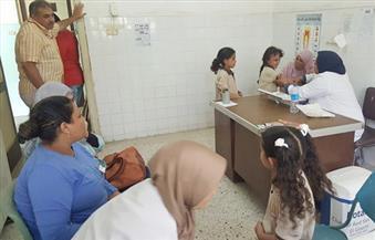"""""""الإيحاء"""" يصيب 37 طالبة في الفيوم بإغماء أثناء التطعيم.. و""""الصحة"""" لا توجد أي حالات تسمم"""