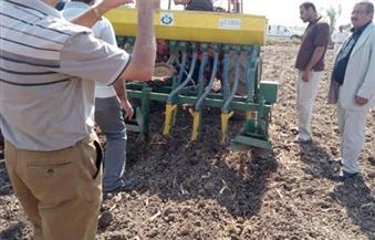 """بالصور.. تدريب مزارعين على استخدام ماكينات التسطير بـ""""الجميزة"""" في الغربية"""