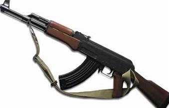 القبض على صاحب ورشة وبحوزته بندقية آلية بدار السلام