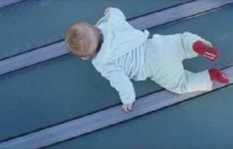 مصرع طفل سقط من شرفة منزل جده بمركز السنبلاوين