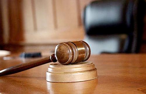 اليوم.. الحكم في إعادة محاكمة ١٢٠ متهما بقضية أحداث ذكرى ثورة يناير -