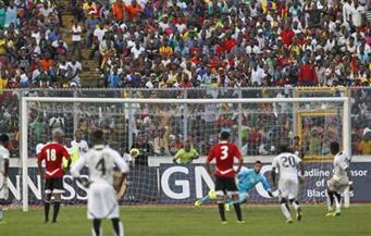 طاقم تحكيم جابوني لإدارة مباراة مصر وغانا في تصفيات المونديال