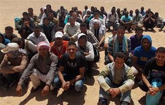 ضبط 3 سماسرة وراء تهريب 75 مهاجرا خارج البلاد