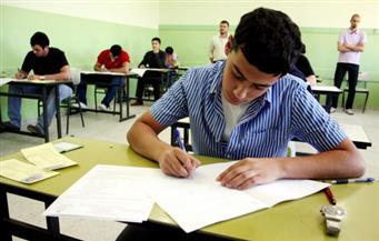 شكاوى من صعوبة امتحان الأحياء والديناميكا بين طلاب الثانوية العامة بالغردقة