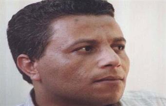 """تنوع الطَّرح في مجموعة """"يمشي في العاصفة"""" للشاعر عزمي عبد الوهاب"""