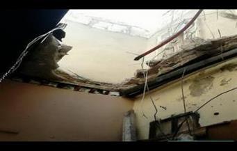"""إصابة 3 أشخاص بعد سقوط """"سقف شقة"""" بالفيوم"""