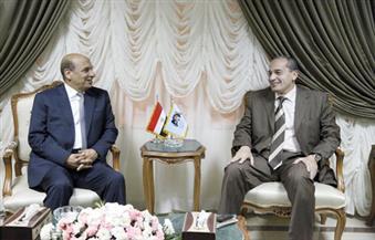 رئيس الهيئة العربية للتصنيع يبحث مع وزير الزراعة مشروعات الصوب الزراعية