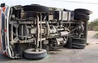 """انقلاب سيارة تحمل 5 أطنان بنزين على طريق القبارى في """"الإسكندرية"""""""