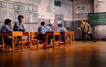 """مسرحية """"فيلم قديم"""" لتياترو مصر تسخر من الأوضاع الحالية بأسلوب """"أفلام زمان"""""""