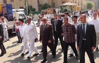 بالصور.. مدير أمن القاهرة يقود حملات بشارعي الأزهر والمعز وعدد من المناطق بالعاصمة