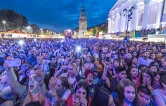 عشرات الآلاف من النساء في بولندا يتظاهرن ضد حظر الإجهاض