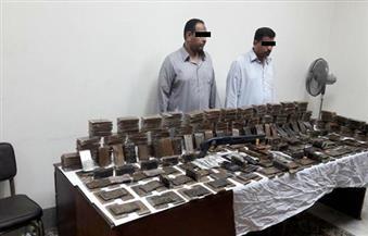 بالصور.. القبض على شقيقين بحوزتهما 100 كيلو حشيش بالعامرية في الإسكندرية