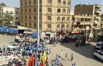 بالصور.. مسيرة طلابية بالأقصر لدعم مؤتمر منظمة السياحة العالمي