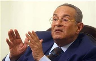 """انسحاب أبو شقة.. """"تشريعية النواب"""" توافق على تشديد عقوبة التحرش واغتصاب الأطفال"""