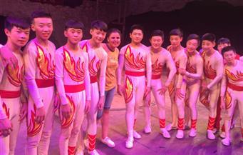 بالصور.. عرض خاص لفرقة أكروبات شاندونج الصينية للوفد الإعلامي المصري