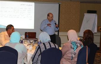 """مايا مرسي: مشروع """"الإقراض والادخار"""" يستهدف مهارات مقررات الفروع لتعزيز الممارسة غير الرسمية للجمعيات الأهلية"""