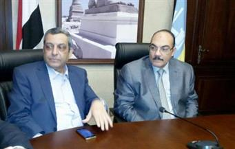 نقيب الصحفيين يلتقي محافظ الإسكندرية لبحث لبدء العمل في نادي الصحفيين بسابا باشا