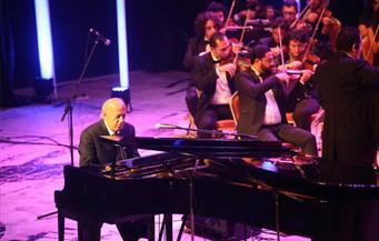 عمر خيرت يضفي الفخامة والتميز على حفل افتتاح مهرجان الموسيقى العربية