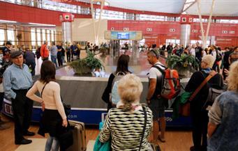 محافظ جنوب سيناء: مطار شرم الشيخ مزود بأحدث أجهزة تأمين والمدينة مؤمنة بالكامل