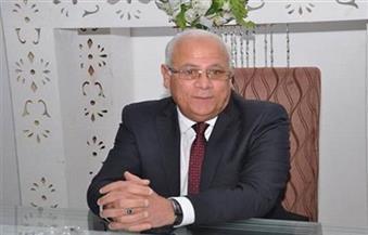 محافظ بورسعيد يتفقد أعمال إنشاء أكبر مصنع لإنتاج إطارات السيارات