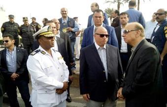 """بالصور.. محافظ القاهرة يتفقد الأوضاع الأمنية بشوارع العاصمة.. ويؤكد: """"الأمور على مايرام"""""""