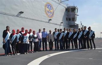 """بالصور.. طلاب جامعة الإسكندرية يزورون مهابط حاملات الطائرات """"ميسترال"""""""