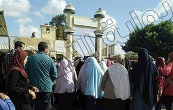 """بالصور.. أهالي المحبوسين في سجن برج العرب يروون مأساتهم.. ويناشدون """"السيسي"""" بالتدخل"""